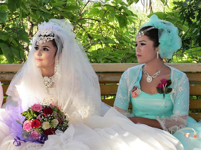 伊犁婚礼1.jpg