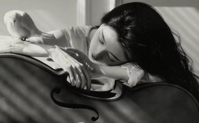 【春日限定外拍活动】4月17号《春日的野餐协奏曲》制服女团4名模特野餐+大提琴外拍活动(大提琴场)