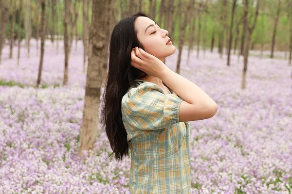 5月1日绿堤公园二月兰人像摄影活动